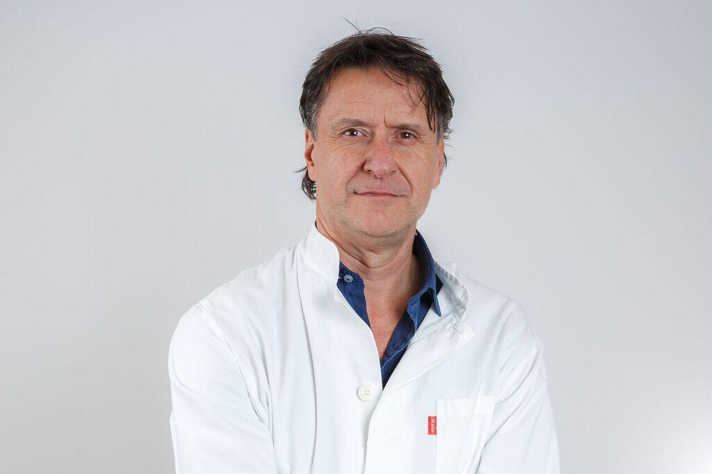 DR. HRVOJE VLAŠIĆ